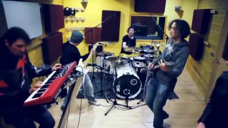 СЛАВА БОГУ есть ещё МОЛОДЁЖЬ, ИГРАЮЩАЯ ПРАВИЛЬНУЮ МУЗЫКУ - Deep Purple - Burn