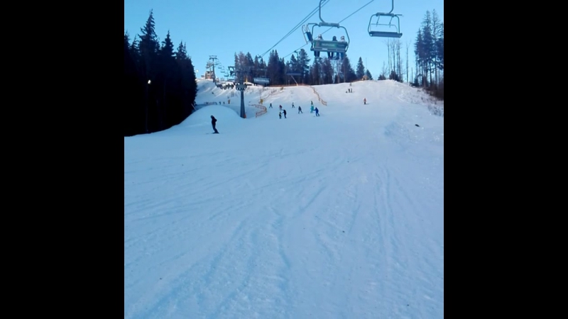 2 день на лыжах, коряво конечно, но уже стоим на ногах