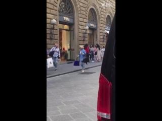 Krystal in Florence, Italy (170920)