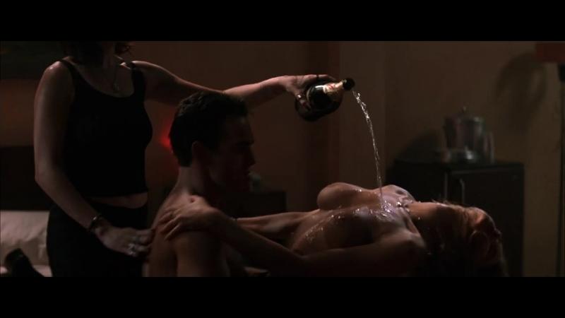 Nudes actresses (Denise Richards, Denise Zich) in sex scenes / Голые актрисы (Дениз Ричардс, Дениза Цих) в секс. сценах