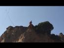 первый прыжок 50метров, настраиваешься страшно а внизу тебя ждут внизу тебя любят .