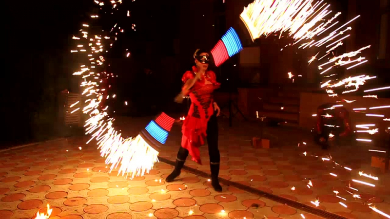 Фаер- шоу Саратов от шоу- группы Танец Огня