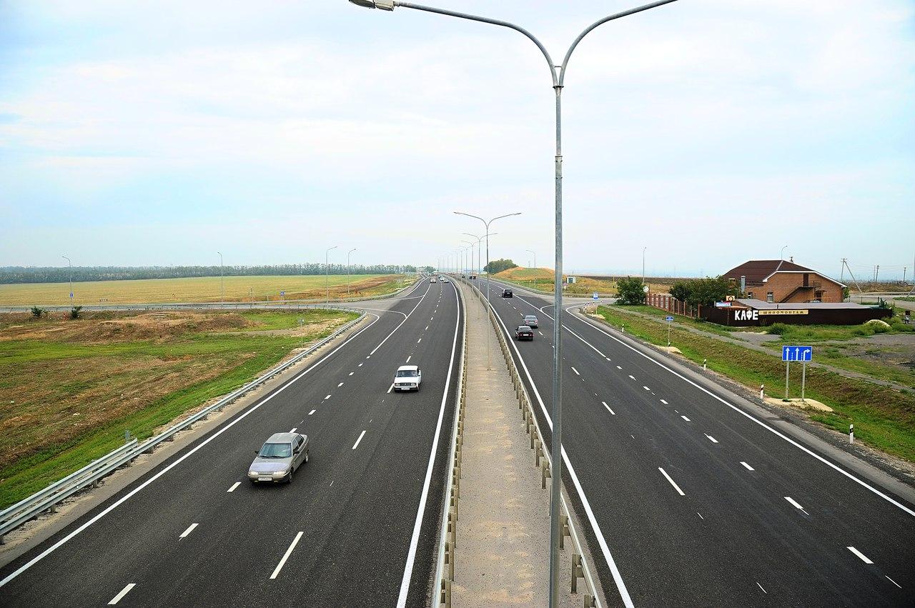 В Ростовской области завершена поверхностная обработка четырех участков трассы А-280 «Ростов – Таганрог»