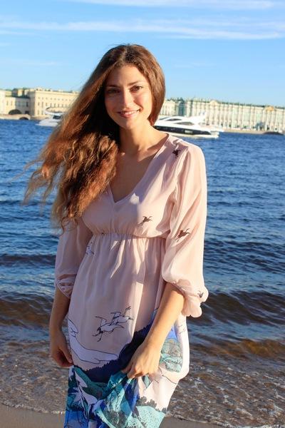 Аня Фрумкина
