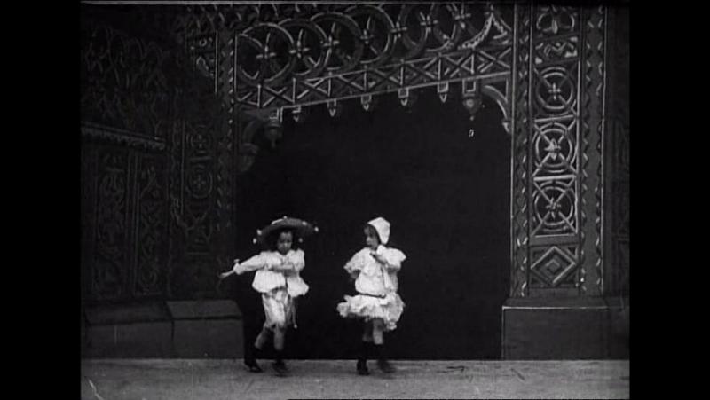 50 Kiddies cakewalk (Robert W.Paul, 1903)