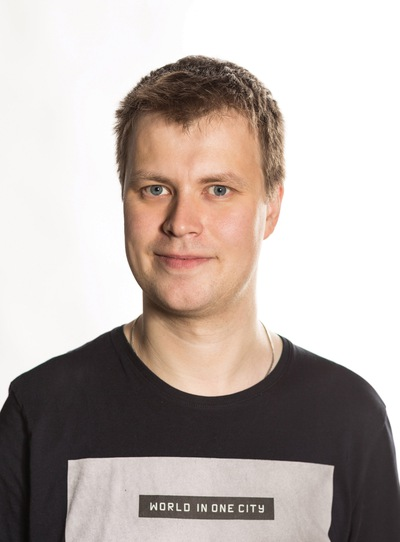 Олег Мухин