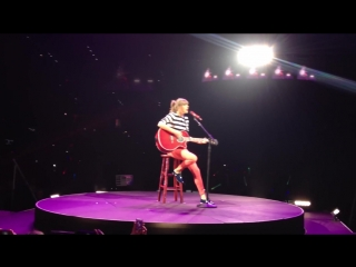 Taylor Swift - I Almost Do (Live on The Red Tour 2013, Tampa)