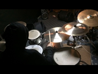 Double paradiddle groove