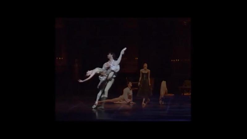 Roberto Bolle and Svetlana Zakharova - Manon