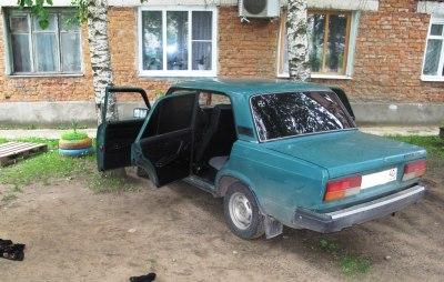 ВБоровском районе Калужской области нетрезвый угонщик заснул, пытаясь завести автомобиль
