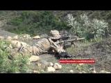 В Дагестане ФСБ ведет бой с боевиками. На 0:15 снайпер ФСБ вооружен AR-10 (M16 под патрон .308)