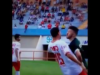 Современный футбол в одном видео