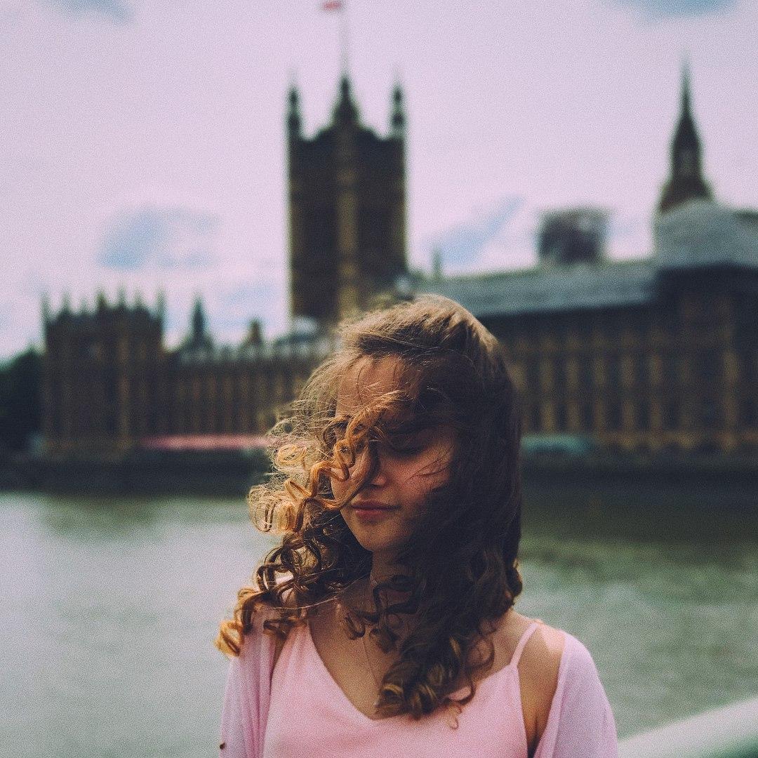 Alexandra Abrameytseva _M8NLPhO0kE