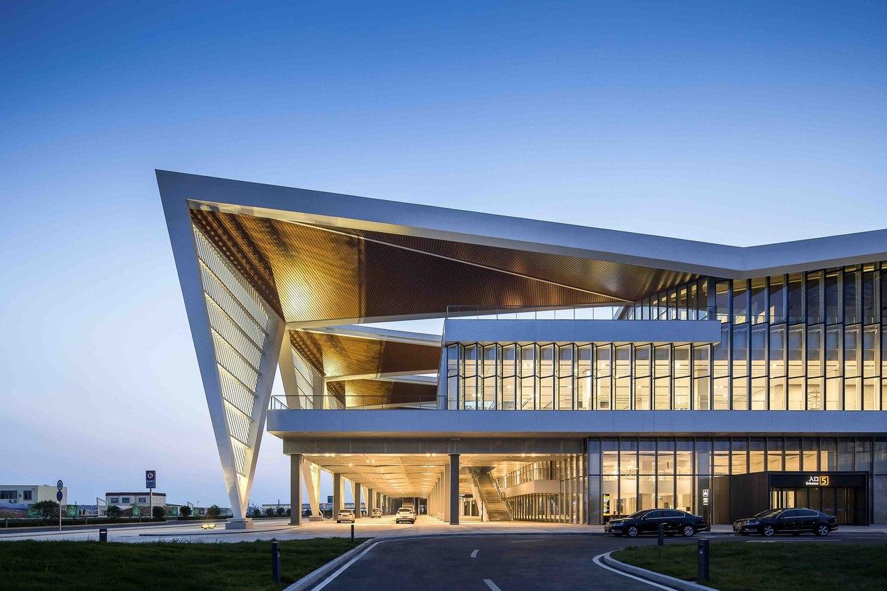 Qingdao Cruise Terminal / CCDI - Mozhao Studio