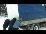 Помогли толкнуть машину в Ишаках #таванен