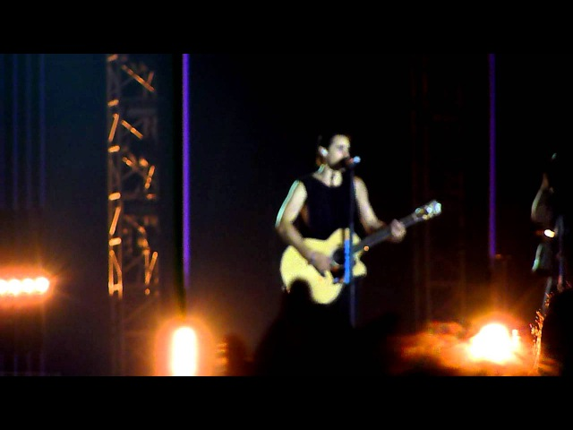 30 Seconds to Mars - From Yesterday / Alibi (acoustic) (live at Java Rockin' Land, Jakarta)
