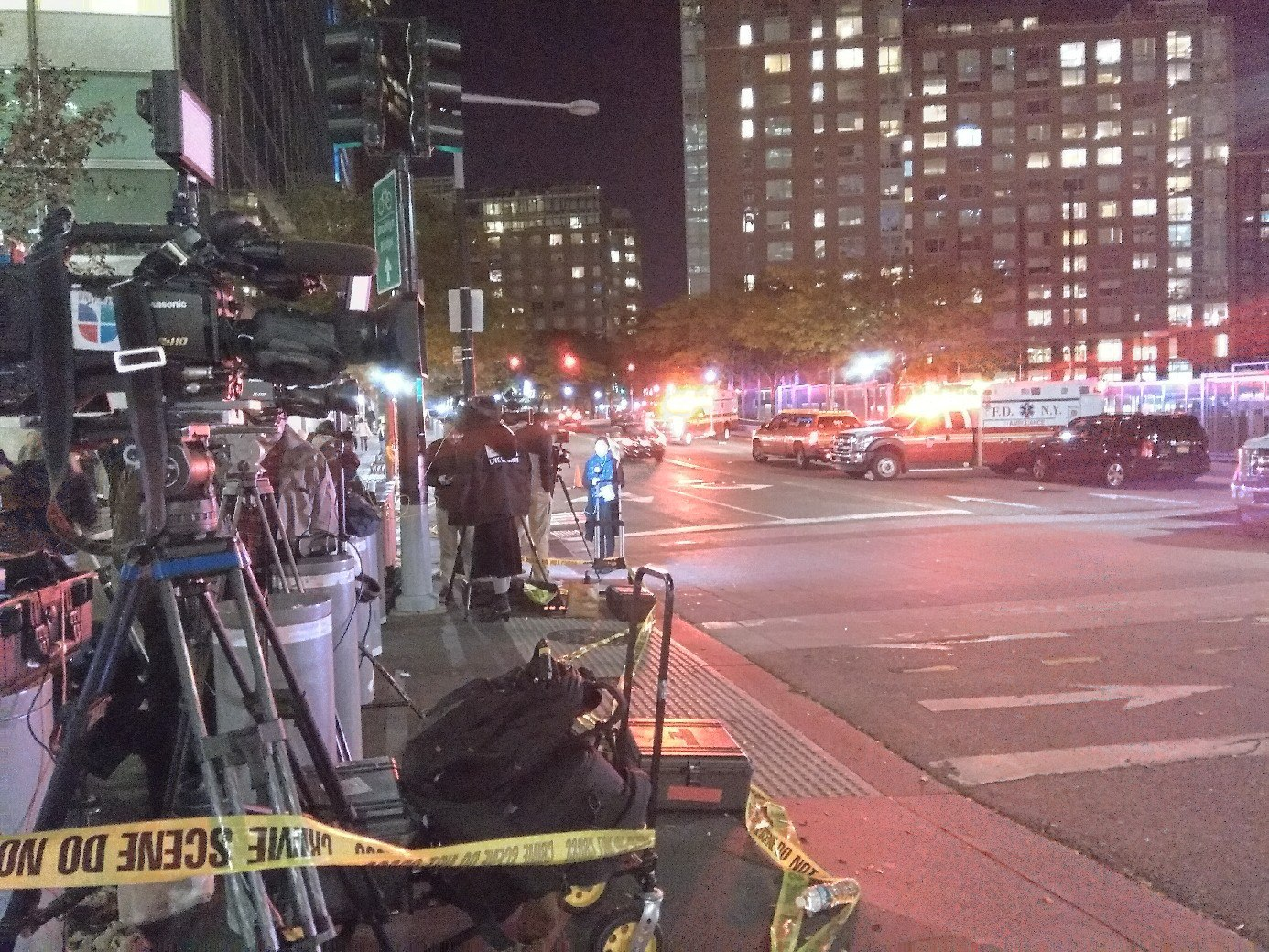 Теракт вНью-Йорке. Под колесами грузового автомобиля погибло 8 человек