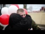 Девушка встречает парня из армии. Каролина и Александр. Гродно, Беларусь..mp4