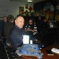 Олег Овчаров