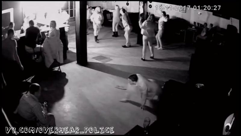 Полиция в Ельце уложила лицом в пол клиентов ночного клуба из-за жалоб на шум, драки и наркоторговлю