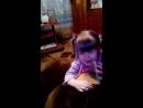 В 2 г. 4 мес. Лерочка научилась говорить,как звать папу и маму.