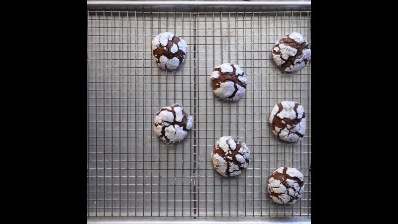 Ana's Chocolate Mint Glacier Cookies