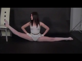 Gymnastic Girl Muza shows her flexible body Part 4