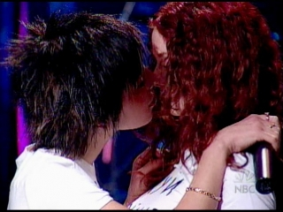 t.A.T.u. - All The Things She Said (Last Call with Carson Daly) (05.03.2003)