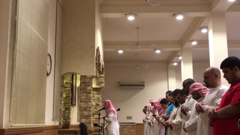 Таравих намаз 1438 Рамадан, шейх Умейр Шамим [ وإذا سمعوا ما أنزل إلى الرسول. ] بأداء باكي للقارئ عمير شميم رمضان 1438هـ