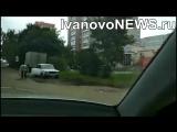 В Иванове водитель самостоятельно латает дорожные ямы