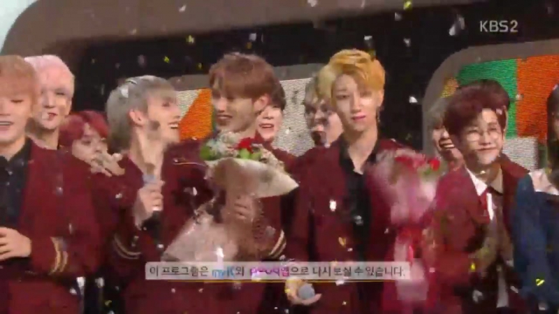 171117 SEVENTEEN(세븐틴) - Clap won No.1 @ Music Bank