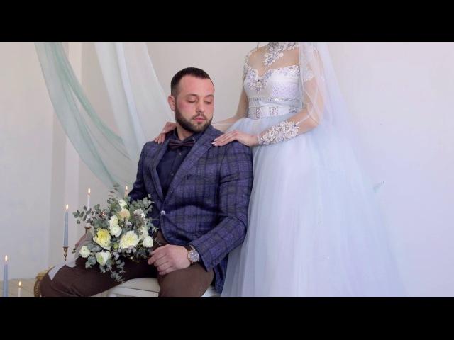 Весільна церемонія на Megaworkshop есе про любов відео Результатом більшості весільних воркшопів є красиві фото Але якщо у проекті була задіяна ведуча весільних церемоній і відеограф то це ще й красиве відео із проникливим текстом Як наприклад на