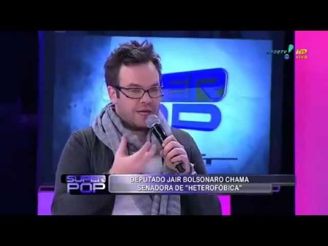 Felipe Campos tira Agnaldo Timóteo do armário [diz que Agnaldo Timóteo é gay] 19/05/2011