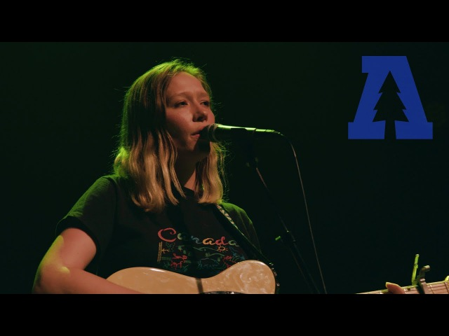 Julia Jacklin - Eastwick (Live From Lincoln Hall)