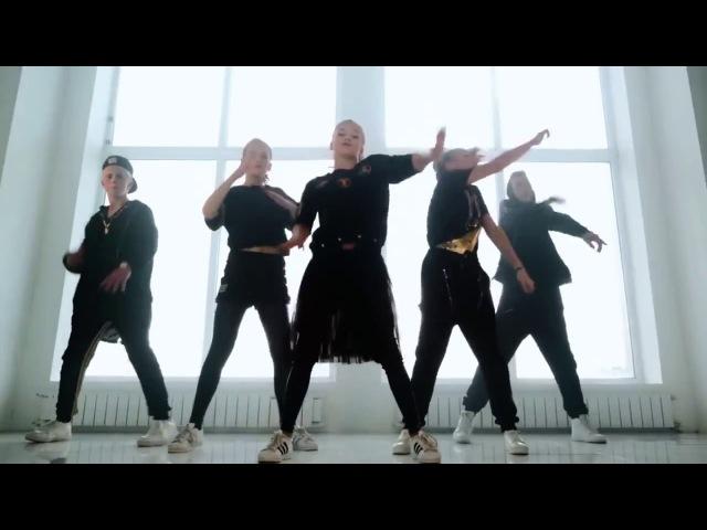 Катя Адушкина танцует с Ольгой Бузовой ШОК