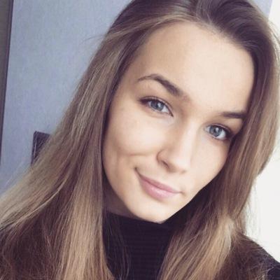 Даша Сафронова