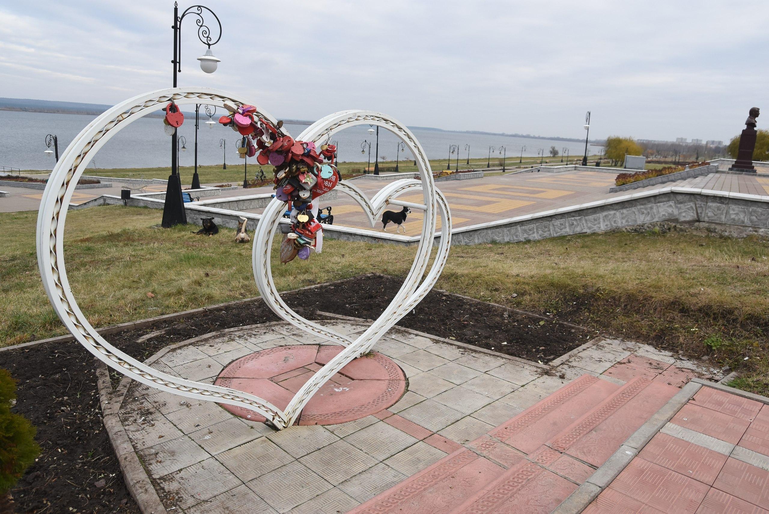 В Курчатове появится «Аллея молодожёнов»