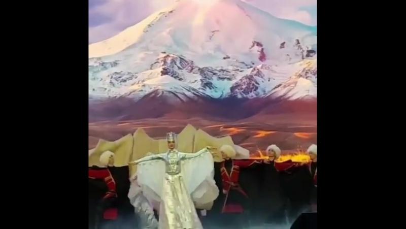 🚩 Родные кавказские мотивы в Московском Кремле, на главной сцене страны. Концерт в честь 25 летия КЧР и Ингушетии.
