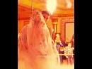 Завораживающей танец жениха и невесты. О...посмотри 720p.mp4