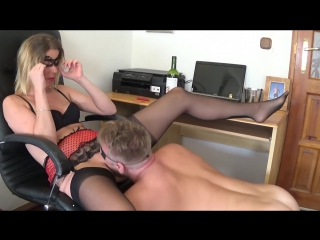 Extremely Huge Squirting Orgasm with Smoking and Pussy Eatin
