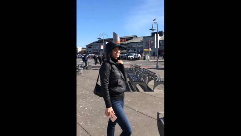 20 февраля 2018; Лос-Анджелес, США: Лана проводит время с Чак Грант