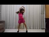 Lívia Melilo dançando: Amiga Parceira - MCs Pikeno e Menor