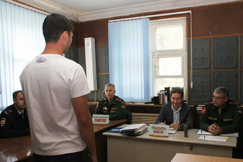 Осенний призыв в армию стартовал в Зеленчукском районе
