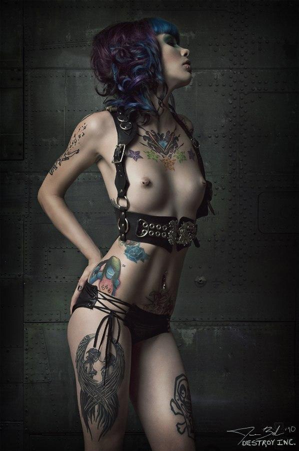 Naked latina porn free