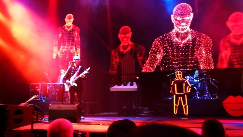Пикник Кукла с человеческим лицом 08 03 2018г Ледовый дворец СПб