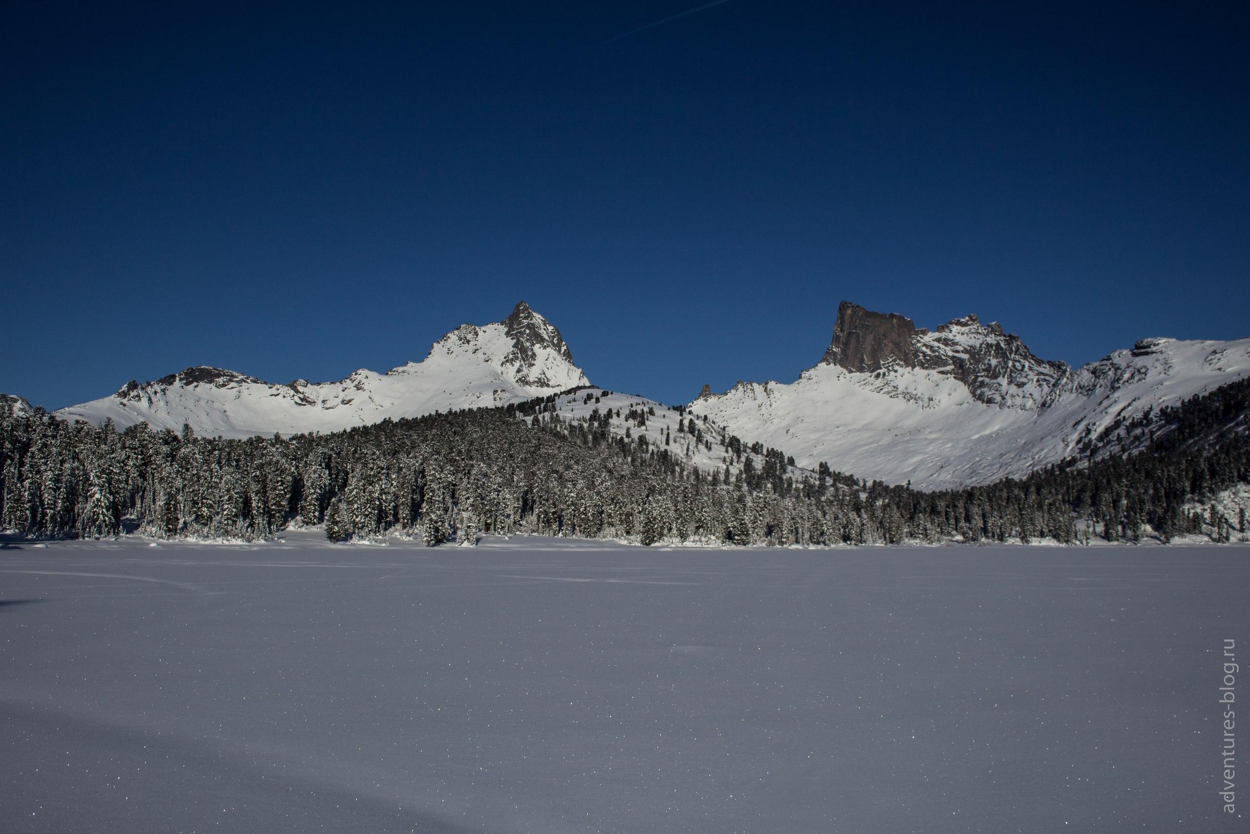 Зима Ергаки озеро Светлое