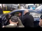 Киев Лукьяновка мужик на BMW X6 заблокировал трамвай. Расправа.
