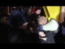 """""""Навальный vs Полицейский!"""" В Саратове на встрече с жителями, Навальный устроил микрофонный батл с полицейским"""