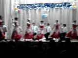 Под эту прекрасную музыку танцевала вальс несколько лет назад Кирюшина мамочка, а теперь в