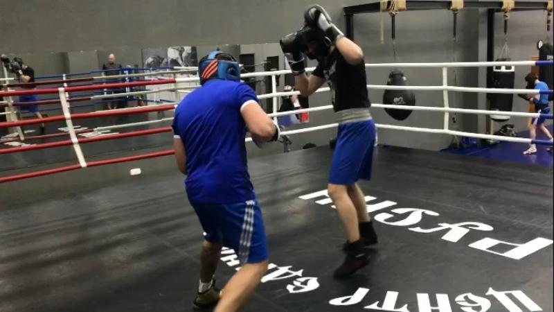 Спарринги по боксу ЦЕ «Русич»